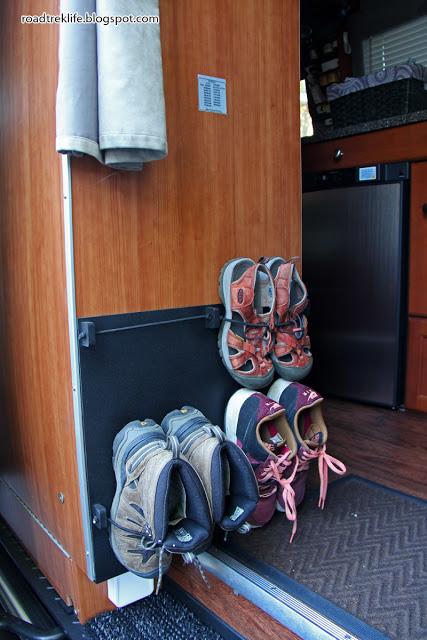 Wall Mounted Bungee Shoe Storage Organizer